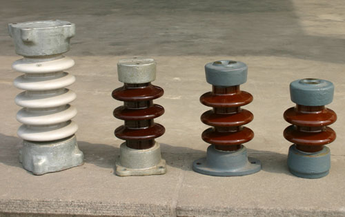Outdoor rod post insulator